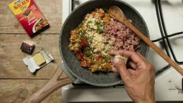 Cómo preparar Empanada de carne- paso 3