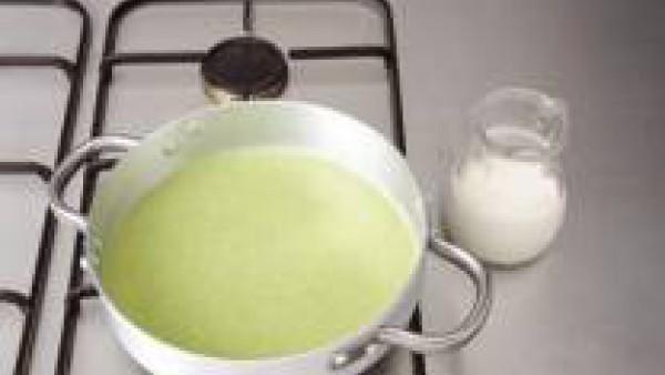 Tercer paso sopa de berros y patata
