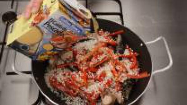 Tercer paso paella de conejo y marisco