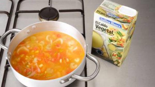 Primer paso sopa de tomate y arroz