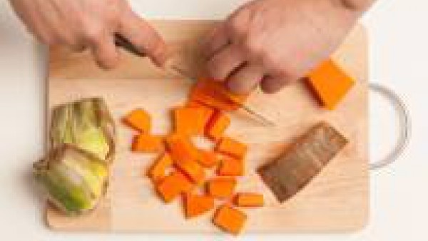 Cómo preparar Menestra de verduras con tomate - paso 1