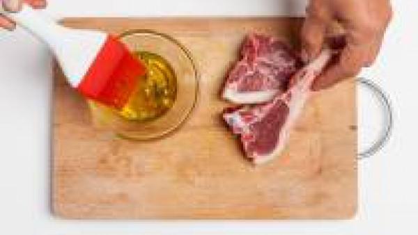 Cómo preparar Chuletas de cordero con azafrán - paso 1