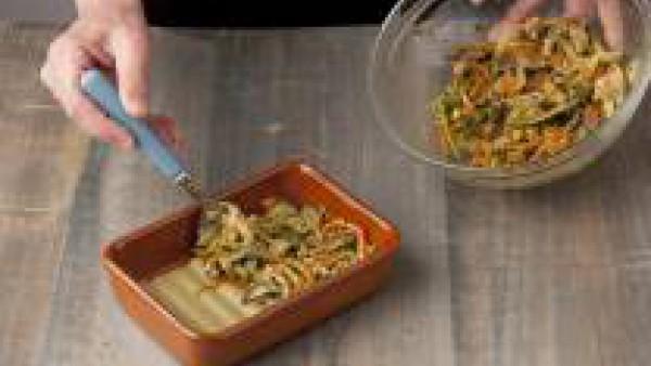 Cómo preparar Lasaña fácil con espinacas, verduras y salsa pesto- Paso 4