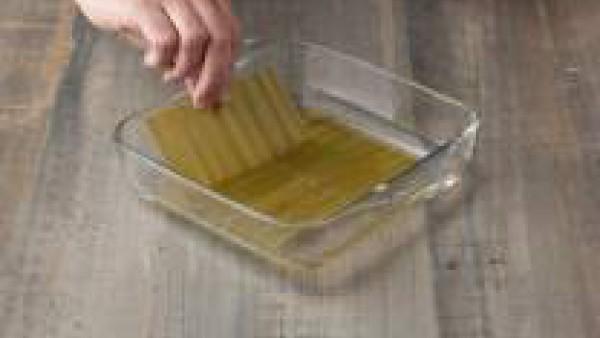 Cómo preparar Lasaña fácil con espinacas, verduras y salsa pesto- Paso 3