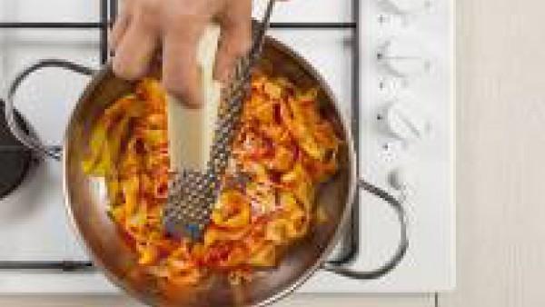 Cómo preparar Pasta con tomate y queso- Paso 3
