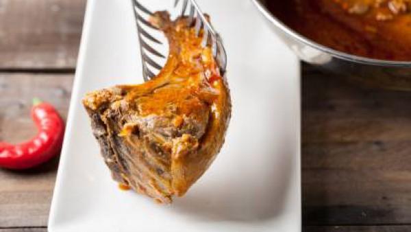 Cuando esté cocido, añade el ají o chile fresco picado y sirve.