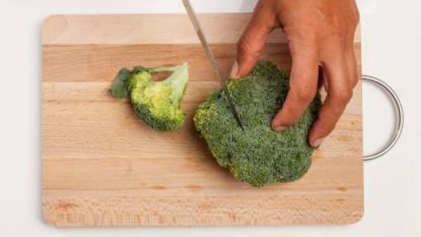 Cómo preparar Crema de brócoli y rape. Paso 1