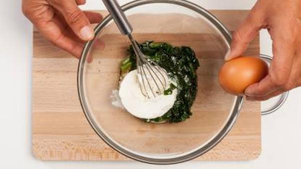 Cómo preparar flan de espinaca y requesón - paso 2