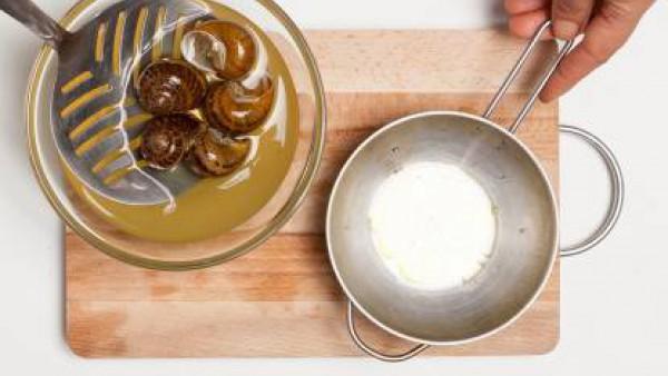 Cómo preparar Caracoles con tomate- Paso 3