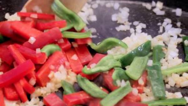 Cómo hacer paella de marisco - paso 2