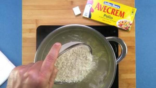 Cómo preparar Arroz tres delicias- Paso 1