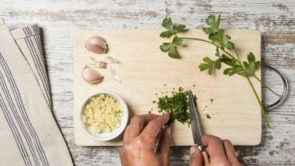 Cómo preparar Merluza en salsa verde- Paso 2