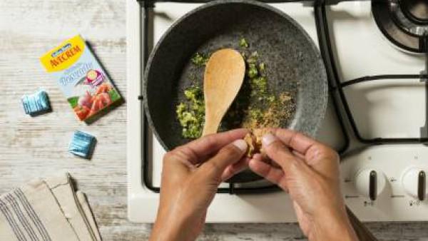 Cómo preparar Merluza en salsa verde- Paso 3