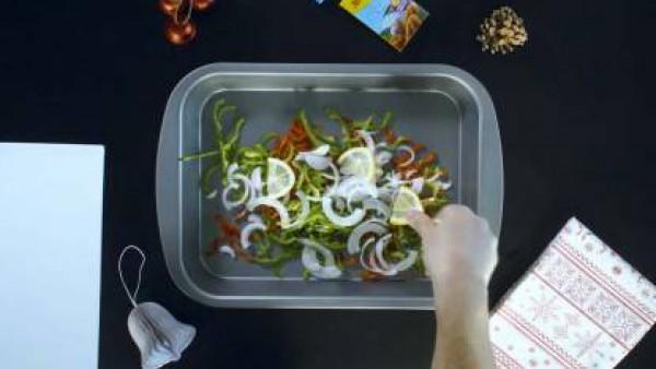 Cómo preparar Dorada al horno con verduras - Paso 3