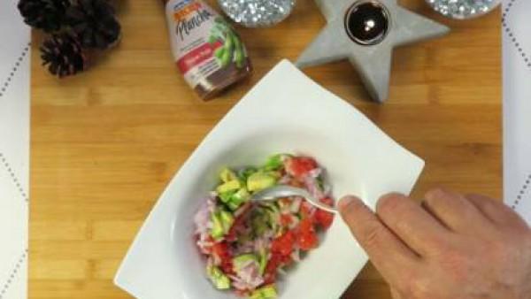 Cómo preparar Tartar de atún con aguacate - Paso 3