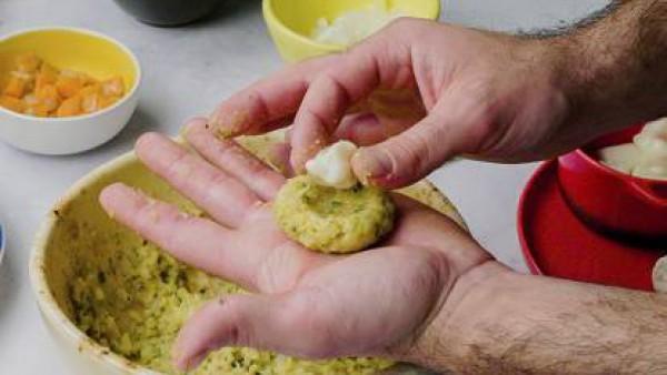 Tercer paso bolas patata y arroz