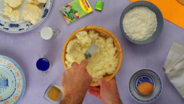 Segundo paso tortitas de coliflor