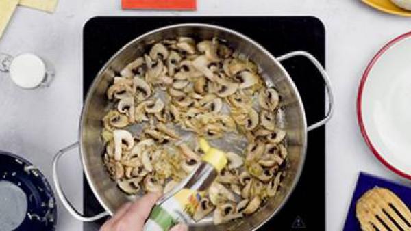 Primer paso pan relleno de camembert con verduras