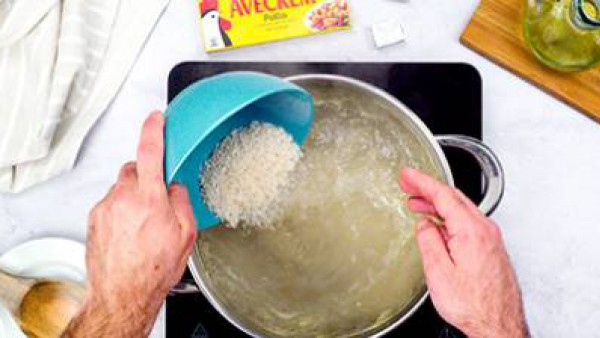 Paso dos pescado frito con arroz