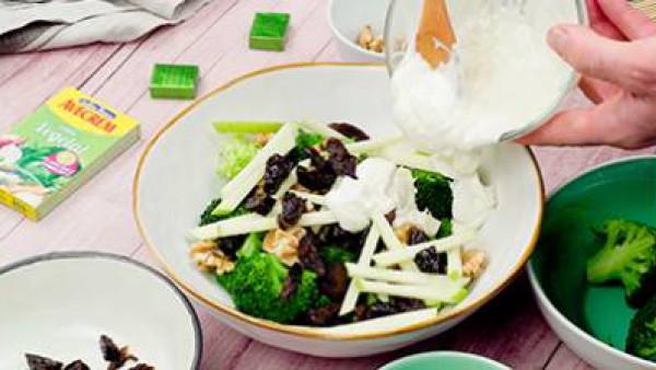 Tercer paso ensalada de brócoli