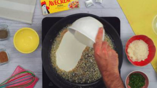 Segundo paso pasta a las dos mantequillas
