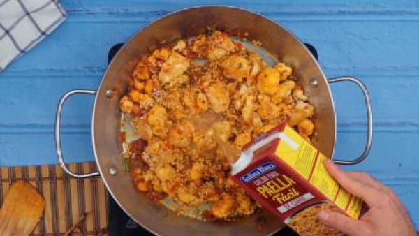 Tercer paso Paella de pollo y verduras