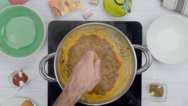 Tercer paso lentejas con verduras y chorizo