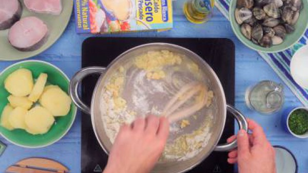 Primer paso merluza en salsa verde