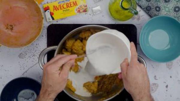 Tercer paso pollo al curry
