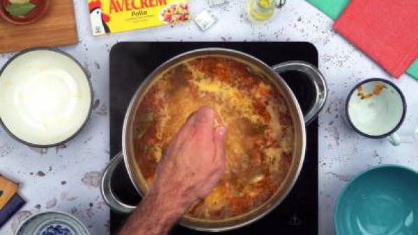 Segundo paso papas con chistorra y champiñones