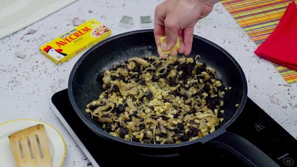 Empanada de morcilla paso 2
