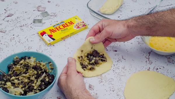 Empanada de morcilla paso 3
