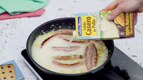 salchichas en salsa paso 3
