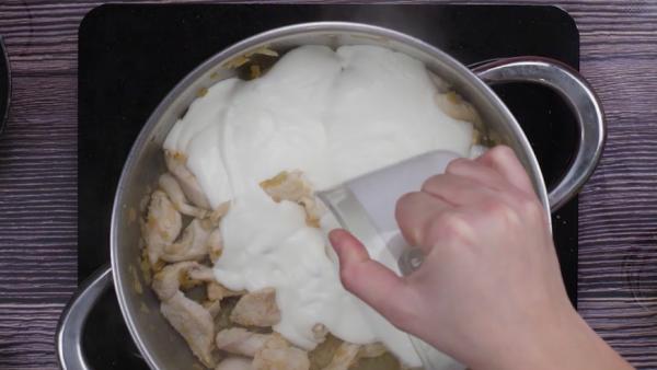 Tercer pollo tallarines con pollo