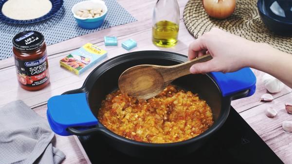 Primer paso bacalao en salsa de almendras