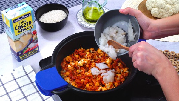 Primer paso arroz con bacalao y coliflor