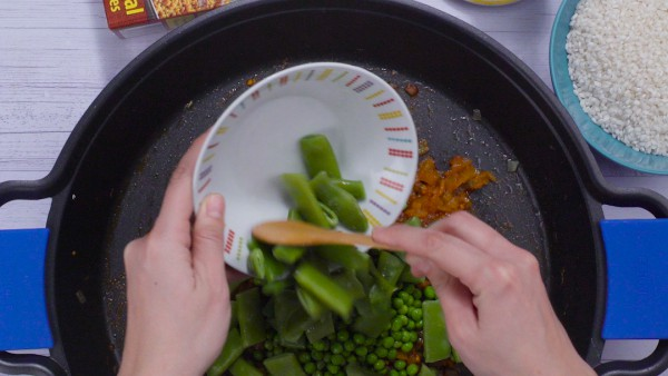 Segundo paso arroz con pollo y salchichas