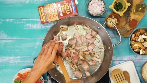 Arroz con carne de cerdo paso 1