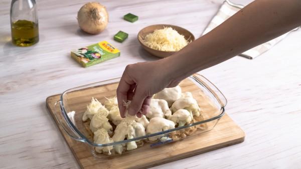 Coliflor gratinada con patatas paso 3