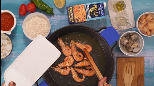 Primer paso arroz con pescado y marisco
