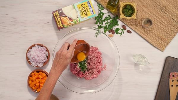Primer paso albondigas en salsa