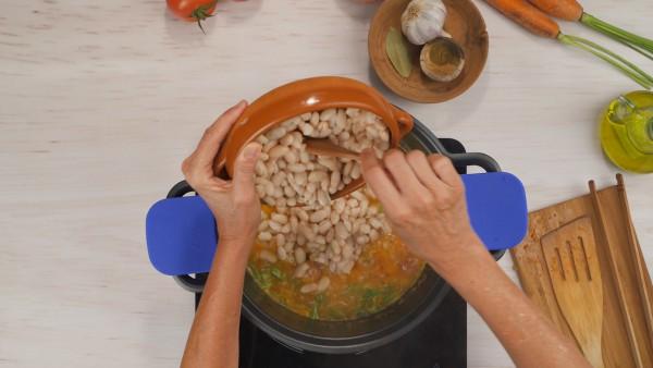 Segundo paso alubias con arroz y verduras