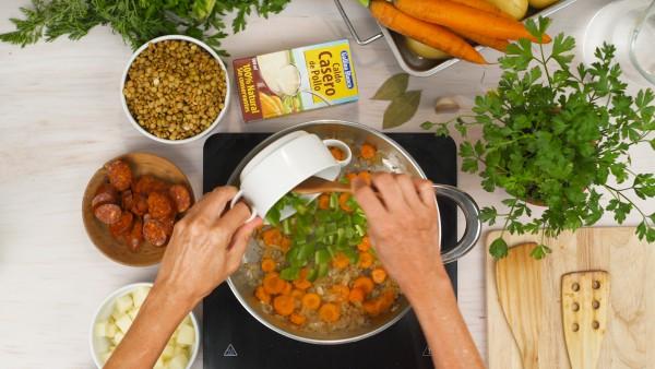 Lentejas con chorizo y patatas Paso 1