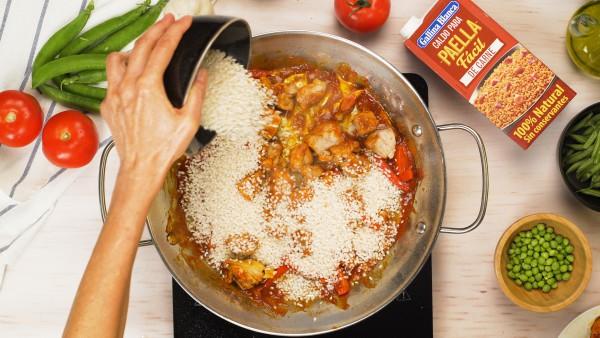 Segundo-paso-arroz-facil-con-carne-y-verduras