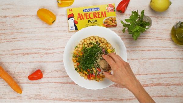tercer-paso-ensalada-de-garbanzos-con-verduras