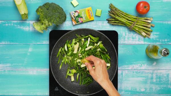 segundo-paso-ensalada-de-alubias-con-verduras