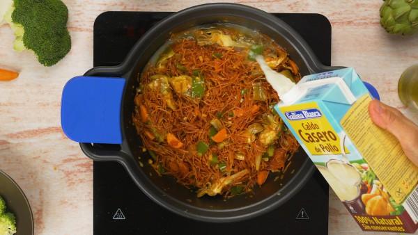 tercer-paso-fideos-con-pollo-y-verduras