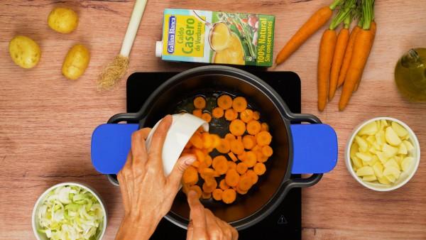 Primer paso crema de puerros y zanahoria