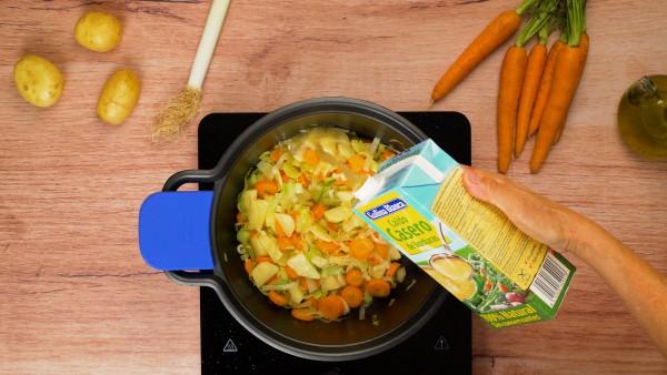 Tercer paso crema de puerros y zanahoria
