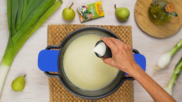 Paso 3 crema de puerros y pera